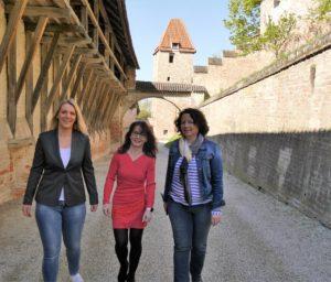 Patricia, Anja, Ruth Burg Trausnitz