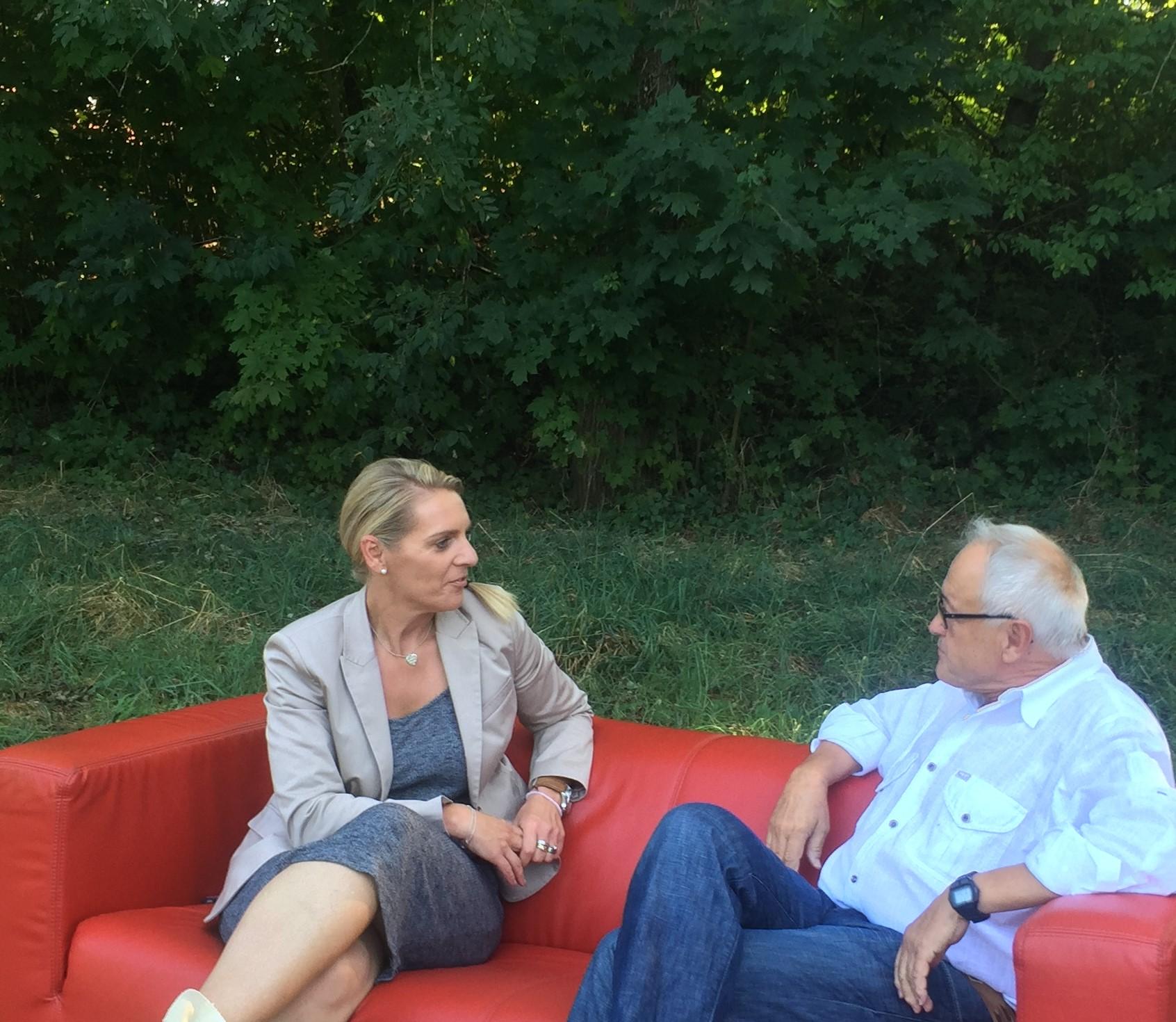 Weitere Gespräche Auf Dem Roten Sofa Heute In Der